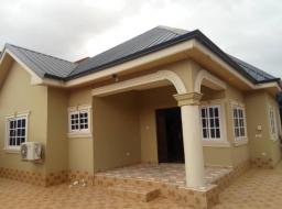 3 bedroom house for rent at Madina estate