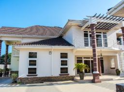 6 bedroom house for sale at Tema community 12