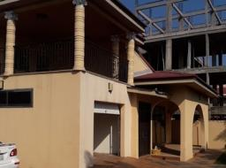 5 bedroom house for rent at Tse Addo