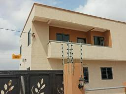 3 bedroom house for sale at Lakeside Estate community