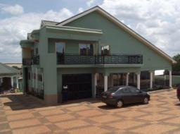 5 bedroom house for rent at Sokoban Wood