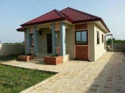 2 bedroom house for sale at West Trasacco