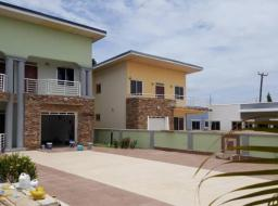 3 bedroom house for rent at Trasacco valley