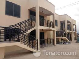 2 bedroom apartment for rent at Amanfro