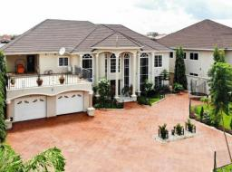 6 bedroom furnished house for sale at Adjringano