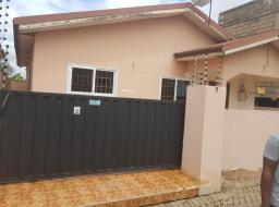 3 bedroom house for sale at Achimota mile 7