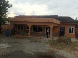 3 bedroom house for rent at ACHIMOTA ABC