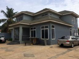 5 bedroom house for rent at Spintex