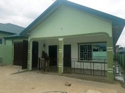 3 bedroom house for rent at Kwabenya