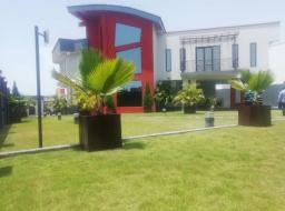 5 bedroom house for sale at East Airport Hills