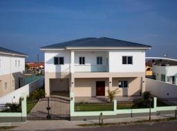 3 bedroom furnished townhouse for sale at Lashibi
