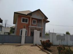 4 bedroom house for rent at Community 25