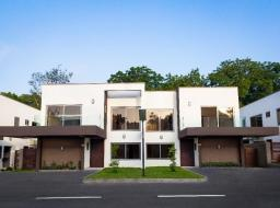 4 bedroom furnished townhouse for rent at Ridge