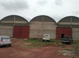 warehouse for rent at Spintex