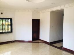 3 bedroom apartment for rent at Sakumono