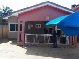 3 bedroom house for rent at Community 17