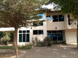 5 room commercial space for sale at Spintex