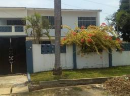 4 bedroom apartment for rent at Dansoman