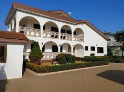 8 bedroom house for sale at Spintex