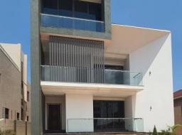 7 bedroom house for sale at East Legon