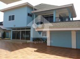 6 bedroom house for rent at Labadi