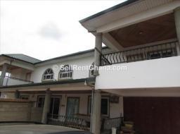 4 bedroom apartment for rent at Adjiringanor