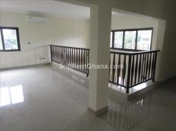4 bedroom townhouse for rent at Dzorwulu