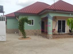 2 bedroom house for rent at Eastlegon