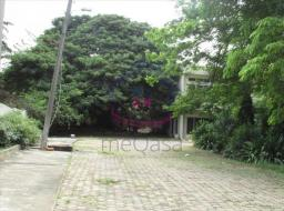 4 bedroom house for rent at Labone