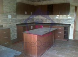 5 bedroom house for sale at Airport Area