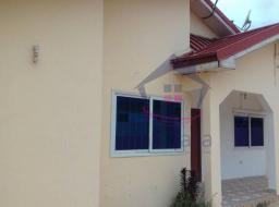 3 bedroom house for sale at Achimota