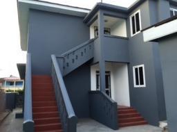 3 bedroom apartment for rent at kokomlemle