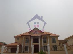 5 bedroom house for rent at Airport Hills