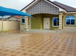 3 bedroom single Family House for rent at Spintex