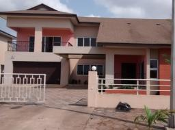 4 bedroom house for rent at au village