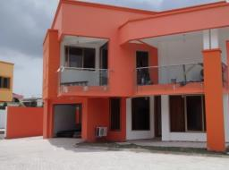 3 bedroom house for rent at Airport West