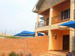 4 bedroom house for rent at La Road