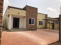 3 bedroom house for sale at Lake side new legon