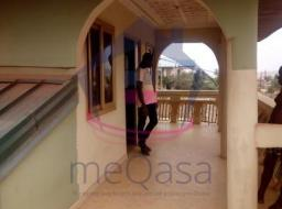 7 bedroom house for rent at Kasoa