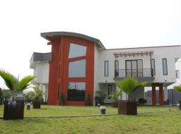 5 bedroom furnished house for sale at Airport Hills