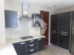 4 bedroom apartment for rent at Spintex