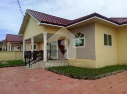 3 bedroom house for rent at Oyarifa close to special ice