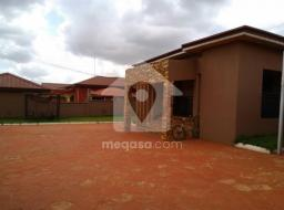 4 bedroom house for rent at Oyarifa