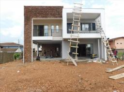 4 bedroom house for sale at Spintex Road