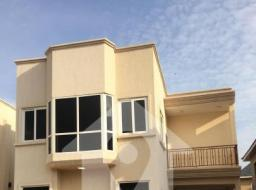 4 bedroom house for rent at Ars Street