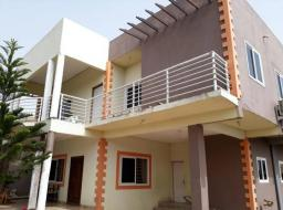 4 bedroom house for sale at Ofankor