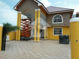4 bedroom house for sale at Spintex batsonaa