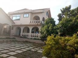 6 bedroom house for rent at Gbawe Road