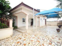3 bedroom house for sale at Pokoasi