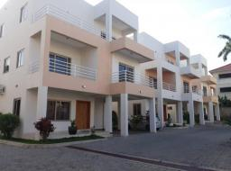 4 bedroom house for sale at Airport Area